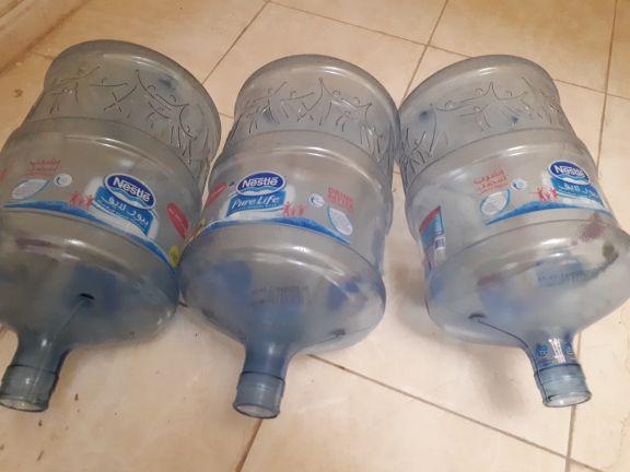 ٣ بوتل ماء نسلة