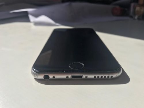 I phone 6s space gray