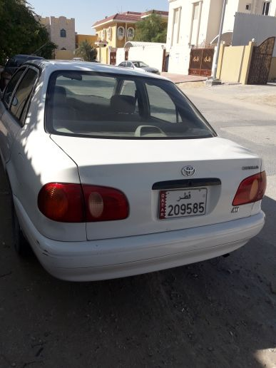 سيارة كورولا للبيع