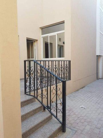 5bhk new compound villa, Partition allow