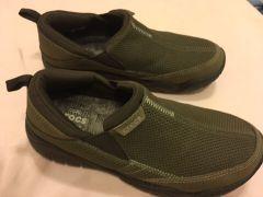 حذاء طبي كروكس و جديد