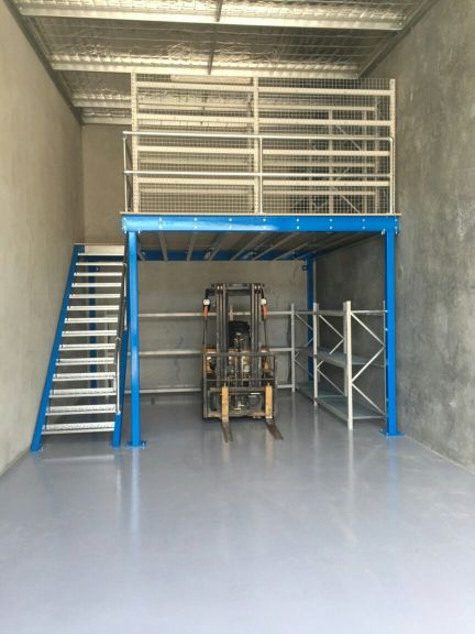 الألومنيوم والطابق الميزانين البناء