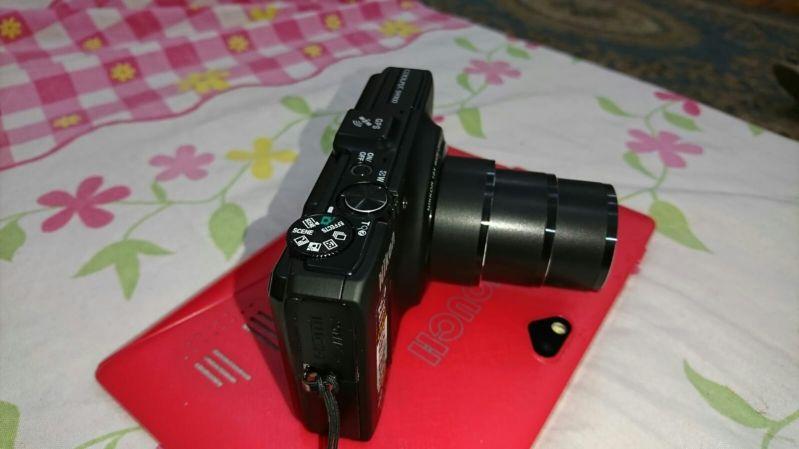 كاميرا نيكون فول اتش