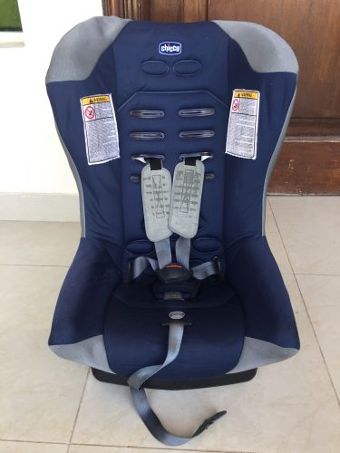 CHICCO CAR SEAT FOR SALE
