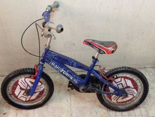 دراجة هوائية للأطفال للبيع بحالة جيدة
