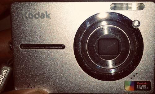 كاميرا كوداك بحالة جيدة جدا