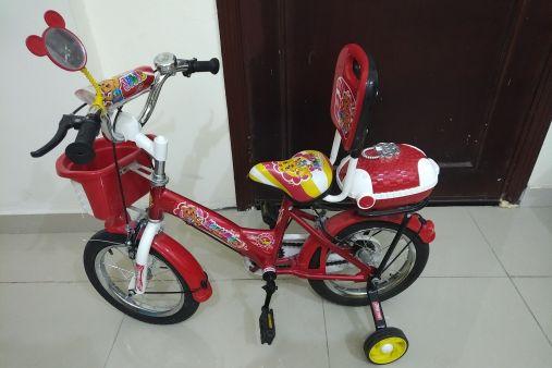 دراجة للأطفال شبه جديدة