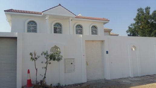 Semi commercial villa For Rent Maamoura