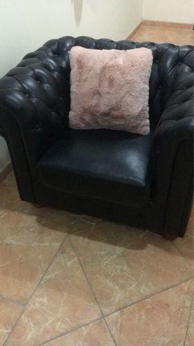 كرسي جلد للبيع يصلح للمكتب