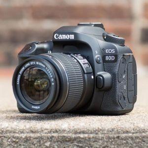 Canon 80d box+18-55 lens good condition