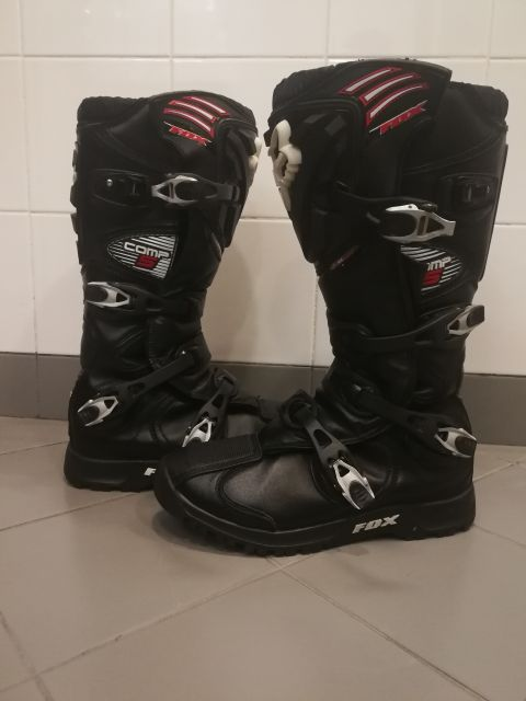 shoes for motorbikes