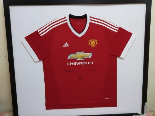 قميص مانشستر يونايتد