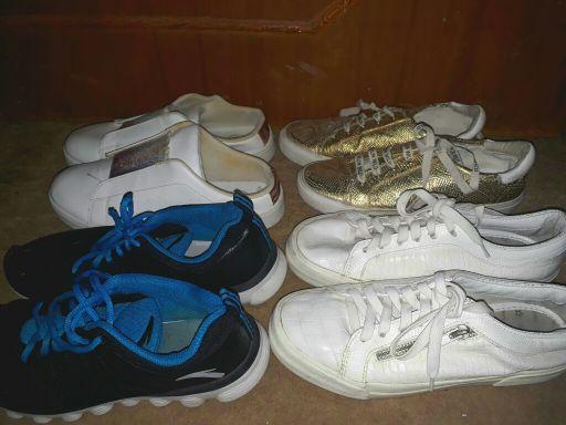 22 Shoes