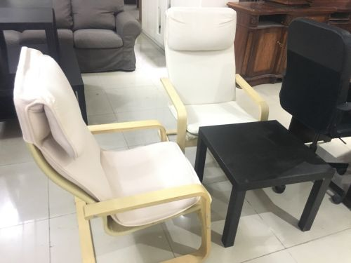 Relaxing tew chairs with table