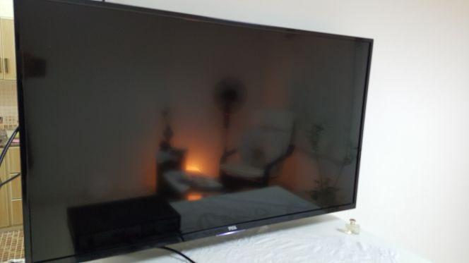 تلفزيون  TCL
