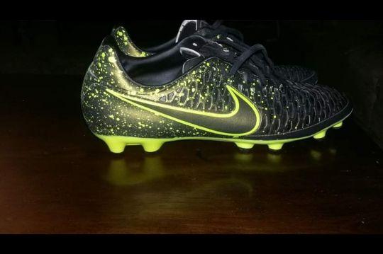 Nike Magista Obra Football Shoes ( 2 ti