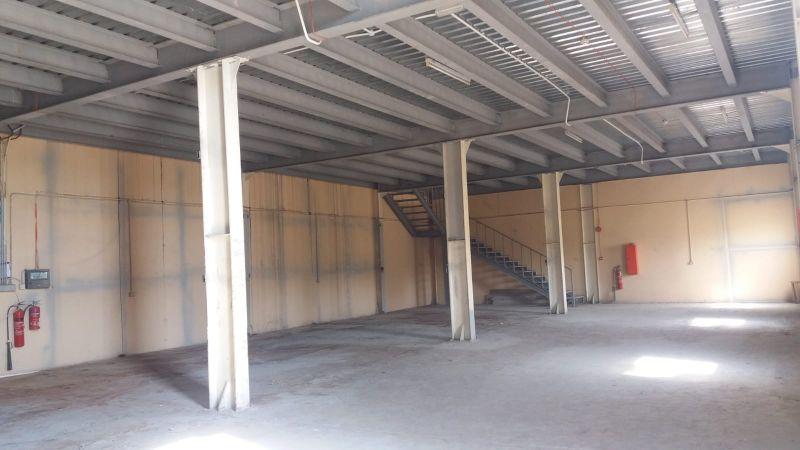 workshops nd stores for rent