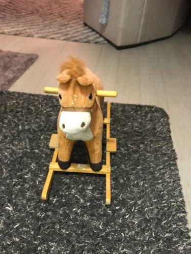 حصان للبيع للأطفال