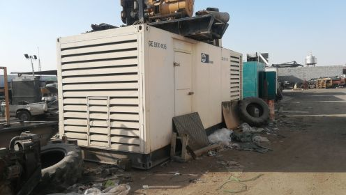 Used  perkins 900 Kva generator