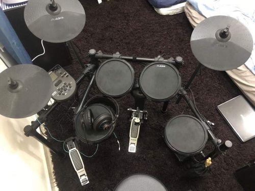 Alesis Nitro E Drum Set