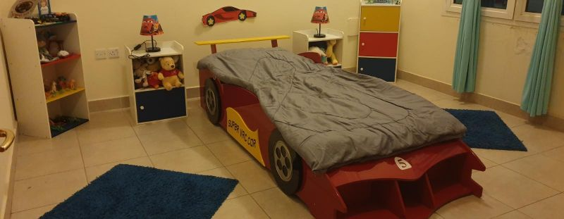 full bedroom for kids
